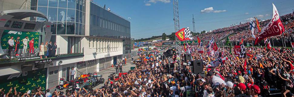 Podium: Max Verstappen (NLD) Red Bull Racing, second; Lewis Hamilton (GBR) Mercedes AMG F1, race winner; Sebastian Vettel (GER) Ferrari, third.