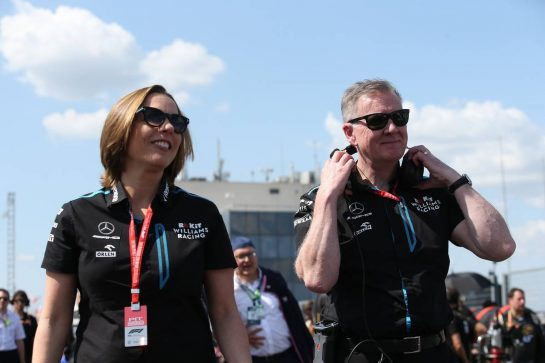 Claire Williams (GBR) Williams Racing Deputy Team Principal and Mike O'Driscoll (GBR) Williams Group CEO on the grid.