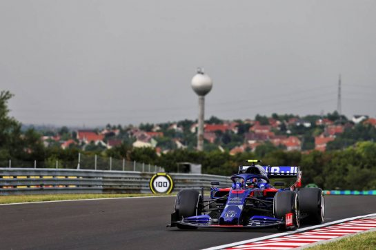 Alexander Albon (THA) Scuderia Toro Rosso STR14. 02.08.2019. Formula 1 World Championship, Rd 12, Hungarian Grand Prix, Budapest, Hungary, Practice Day. - www.xpbimages.com, EMail: requests@xpbimages.com - copy of publication required for printed pictures. Every used picture is fee-liable. © Copyright: Moy / XPB Images