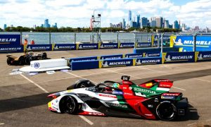 Formula E turns profitable in Season 5!