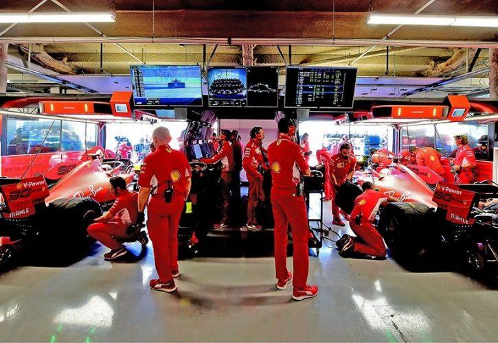 Hamilton hoping for rain as Mercedes lose Sochi mastery