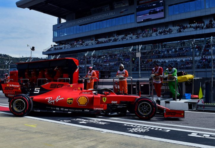 Hamilton wary of Mercedes' vulnerability in title run