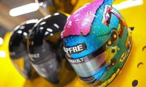 Danny Ric brings out the glitter in Singapore
