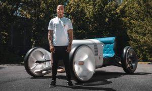 Hamilton's bold new set of Mercedes wheels