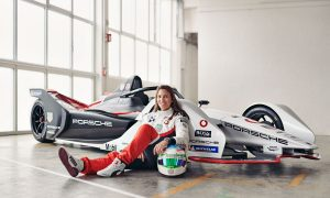 Porsche recruits Simona de Silvestro for Formula E role