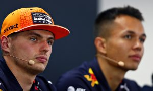 Verstappen 'doesn't mind' who his 2020 team mate is