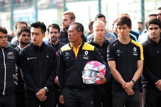 F1, F2, and F3 pay their respects to Anthoine Hubert: Guanyu Zhou (CHN) Renault F1 Team Test and Development Driver; Mia Sharizman (MAL) Renault Sport Academy Director; Jack Aitken (GBR) / (KOR) Renault F1 Team Test Driver. 01.09.2019. Formula 1 World Championship, Rd 13, Belgian Grand Prix, Spa Francorchamps, Belgium, Race Day. - www.xpbimages.com, EMail: requests@xpbimages.com - copy of publication required for printed pictures. Every used picture is fee-liable. © Copyright: Charniaux / XPB Images