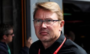 Hakkinen: Ferrari must deal with tensions to beat Mercedes