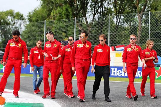 Sebastian Vettel (GER) Ferrari walks the circuit with the team. 05.09.2019. Formula 1 World Championship, Rd 14, Italian Grand Prix, Monza, Italy, Preparation Day. - www.xpbimages.com, EMail: requests@xpbimages.com - copy of publication required for printed pictures. Every used picture is fee-liable. © Copyright: Batchelor / XPB Images