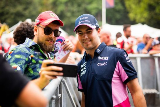Sergio Perez (MEX) Racing Point F1 Team with fans. 05.09.2019. Formula 1 World Championship, Rd 14, Italian Grand Prix, Monza, Italy, Preparation Day.  - www.xpbimages.com, EMail: requests@xpbimages.com - copy of publication required for printed pictures. Every used picture is fee-liable. © Copyright: Filipe / XPB Images