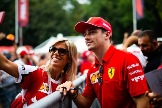 Charles Leclerc (MON) Ferrari with fans. 05.09.2019. Formula 1 World Championship, Rd 14, Italian Grand Prix, Monza, Italy, Preparation Day.  - www.xpbimages.com, EMail: requests@xpbimages.com - copy of publication required for printed pictures. Every used picture is fee-liable. © Copyright: Filipe / XPB Images