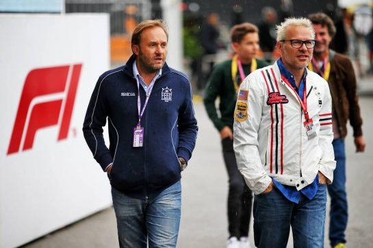 Jacques Villeneuve (CDN) (Right).