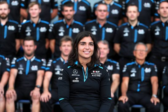 Jamie Chadwick (GBR) Williams Racing Development Driver at a team photograph.