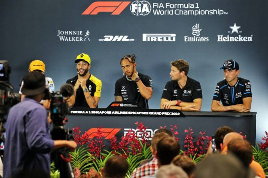 The FIA Press Conference (L to R): Lando Norris (GBR) McLaren; Daniel Ricciardo (AUS) Renault F1 Team; Lewis Hamilton (GBR) Mercedes AMG F1; Romain Grosjean (FRA) Haas F1 Team; and Robert Kubica (POL) Williams Racing.