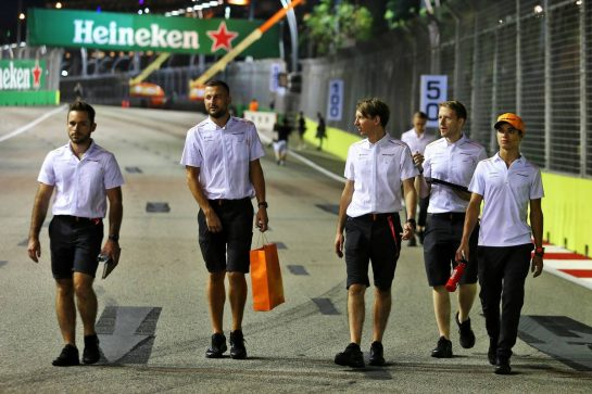 Lando Norris (GBR) McLaren walks the circuit with the team.