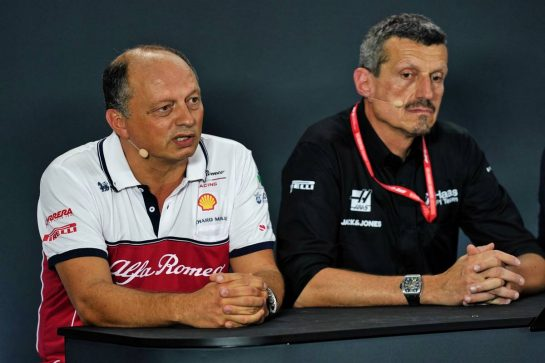 (L to R): Frederic Vasseur (FRA) Alfa Romeo Racing Team Principal and Guenther Steiner (ITA) Haas F1 Team Prinicipal in the FIA Press Conference. 20.09.2019. Formula 1 World Championship, Rd 15, Singapore Grand Prix, Marina Bay Street Circuit, Singapore, Practice Day.  - www.xpbimages.com, EMail: requests@xpbimages.com - copy of publication required for printed pictures. Every used picture is fee-liable. © Copyright: Dungan / XPB Images