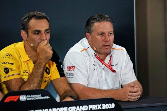 (L to R): Cyril Abiteboul (FRA) Renault Sport F1 Managing Director and Zak Brown (USA) McLaren Executive Director in the FIA Press Conference. 20.09.2019. Formula 1 World Championship, Rd 15, Singapore Grand Prix, Marina Bay Street Circuit, Singapore, Practice Day.  - www.xpbimages.com, EMail: requests@xpbimages.com - copy of publication required for printed pictures. Every used picture is fee-liable. © Copyright: Dungan / XPB Images