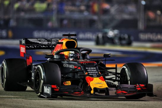 Max Verstappen (NLD) Red Bull Racing RB15. 22.09.2019. Formula 1 World Championship, Rd 15, Singapore Grand Prix, Marina Bay Street Circuit, Singapore, Race Day. - www.xpbimages.com, EMail: requests@xpbimages.com - copy of publication required for printed pictures. Every used picture is fee-liable. © Copyright: Charniaux / XPB Images