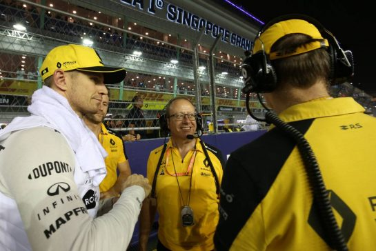 Nico Hulkenberg (GER), Renault Sport F1 Team 22.09.2019. Formula 1 World Championship, Rd 15, Singapore Grand Prix, Marina Bay Street Circuit, Singapore, Race Day.- www.xpbimages.com, EMail: requests@xpbimages.com - copy of publication required for printed pictures. Every used picture is fee-liable. © Copyright: Charniaux / XPB Images