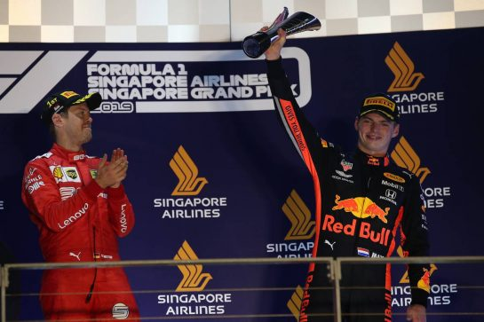 Sebastian Vettel (GER) Ferrari SF90 and Max Verstappen (NLD) Red Bull Racing RB15.22.09.2019. Formula 1 World Championship, Rd 15, Singapore Grand Prix, Marina Bay Street Circuit, Singapore, Race Day.- www.xpbimages.com, EMail: requests@xpbimages.com - copy of publication required for printed pictures. Every used picture is fee-liable. © Copyright: Batchelor / XPB Images