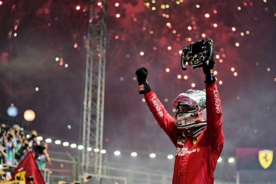 Race winner Sebastian Vettel (GER) Ferrari celebrates in parc ferme. 22.09.2019. Formula 1 World Championship, Rd 15, Singapore Grand Prix, Marina Bay Street Circuit, Singapore, Race Day.  - www.xpbimages.com, EMail: requests@xpbimages.com - copy of publication required for printed pictures. Every used picture is fee-liable. © Copyright: Dungan / XPB Images