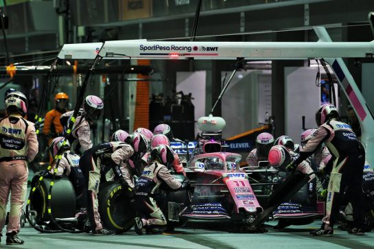 Sergio Perez (MEX) Racing Point F1 Team RP19 makes a pit stop. 22.09.2019. Formula 1 World Championship, Rd 15, Singapore Grand Prix, Marina Bay Street Circuit, Singapore, Race Day. - www.xpbimages.com, EMail: requests@xpbimages.com - copy of publication required for printed pictures. Every used picture is fee-liable. © Copyright: Batchelor / XPB Images