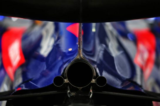 Scuderia Toro Rosso STR14 exhaust detail. 26.09.2019. Formula 1 World Championship, Rd 16, Russian Grand Prix, Sochi Autodrom, Sochi, Russia, Preparation Day.  - www.xpbimages.com, EMail: requests@xpbimages.com - copy of publication required for printed pictures. Every used picture is fee-liable. © Copyright: Filipe / XPB Images