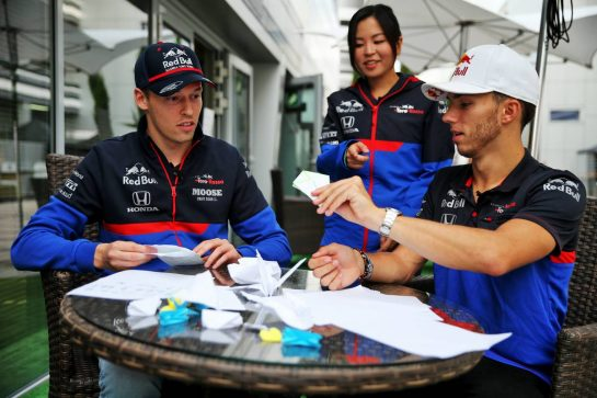 (L to R): Daniil Kvyat (RUS) Scuderia Toro Rosso with team mate Pierre Gasly (FRA) Scuderia Toro Rosso. 26.09.2019. Formula 1 World Championship, Rd 16, Russian Grand Prix, Sochi Autodrom, Sochi, Russia, Preparation Day. - www.xpbimages.com, EMail: requests@xpbimages.com - copy of publication required for printed pictures. Every used picture is fee-liable. © Copyright: Batchelor / XPB Images