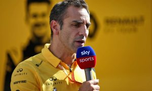 Abiteboul gives strong hint that Renault will stay in F1