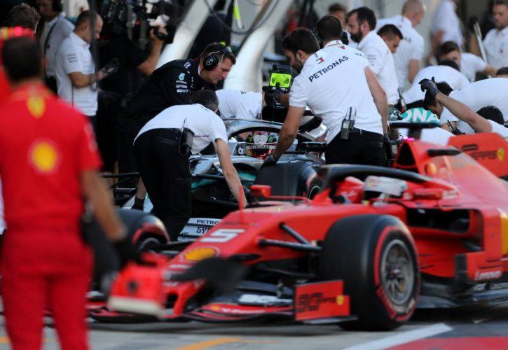 Lewis Hamilton (GBR), Mercedes AMG F1 and Sebastian Vettel (GER), Scuderia Ferrari