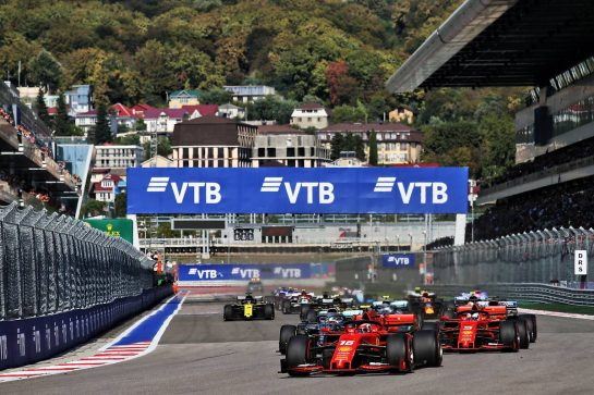 Charles Leclerc (MON) Ferrari SF90 leads at the start of the race. 29.09.2019. Formula 1 World Championship, Rd 16, Russian Grand Prix, Sochi Autodrom, Sochi, Russia, Race Day. - www.xpbimages.com, EMail: requests@xpbimages.com - copy of publication required for printed pictures. Every used picture is fee-liable. © Copyright: Batchelor / XPB Images
