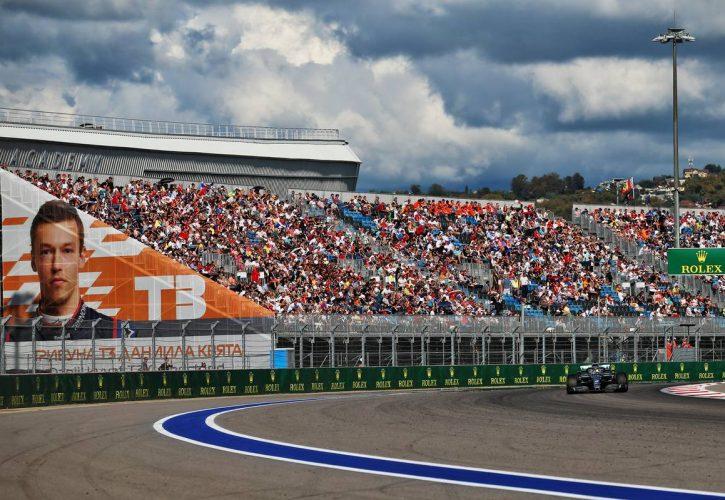 Lewis Hamilton (GBR) Mercedes AMG F1 W10.
