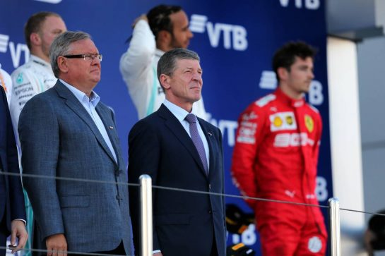 Dmitry Kozak (RUS) Russian Deputy Prime Minister (Right) on the podium.29.09.2019. Formula 1 World Championship, Rd 16, Russian Grand Prix, Sochi Autodrom, Sochi, Russia, Race Day. - www.xpbimages.com, EMail: requests@xpbimages.com - copy of publication required for printed pictures. Every used picture is fee-liable. © Copyright: Filipe / XPB Images