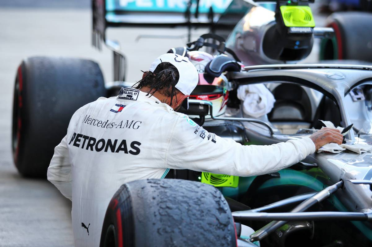 Race winner Lewis Hamilton (GBR) Mercedes AMG F1 W10 celebrates in parc ferme.