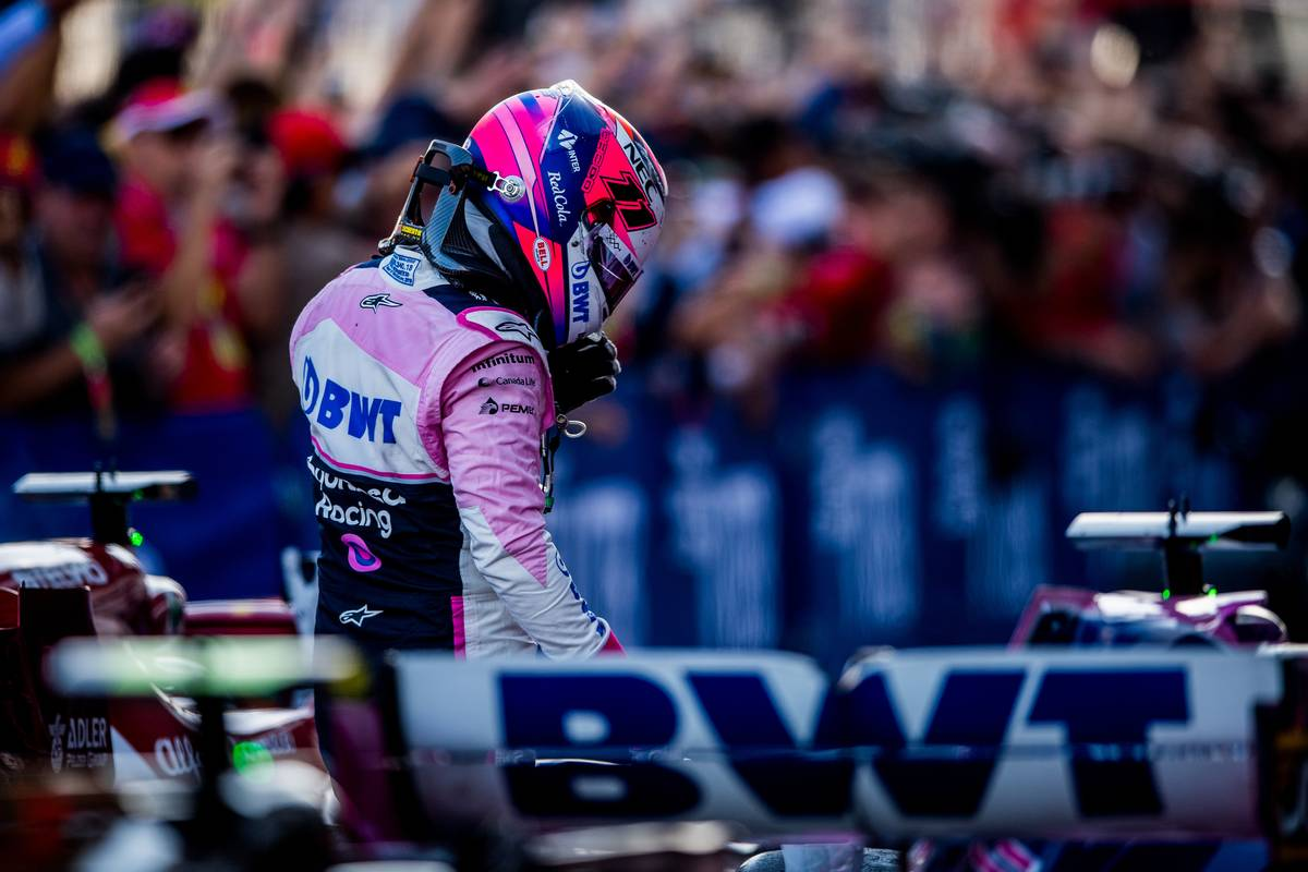 Sergio Perez (MEX) Racing Point F1 Team in parc ferme. 29.09.2019.
