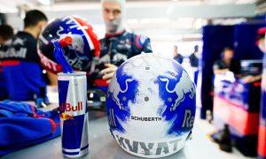 FIA likely to revisit helmet design rule after Kvyat case