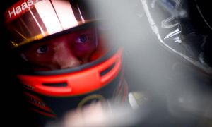 Magnussen: 'Embarrassing' crash set up poor race result