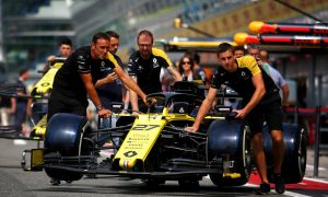 Renault hunts for grip in Suzuka with new front wing