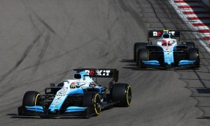George Russell (GBR) Williams Racing FW42 leads Robert Kubica (POL) Williams Racing FW42.