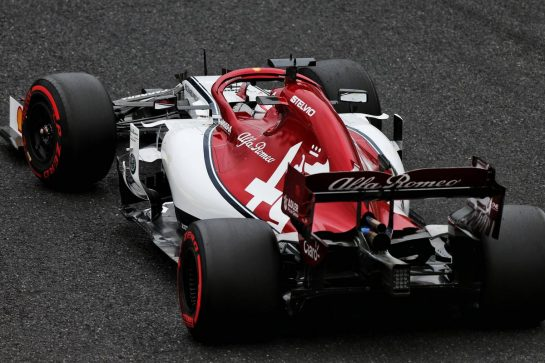 Kimi Raikkonen (FIN) Alfa Romeo Racing C38. 11.10.2019. Formula 1 World Championship, Rd 17, Japanese Grand Prix, Suzuka, Japan, Practice Day. - www.xpbimages.com, EMail: requests@xpbimages.com - copy of publication required for printed pictures. Every used picture is fee-liable. © Copyright: Moy / XPB Images