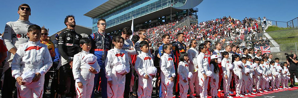 The drivers during the national anthem. 13.10.2019.