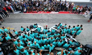 Mercedes AMG F1 celebrate a 1-3 finish and winning the Constructors Championship.