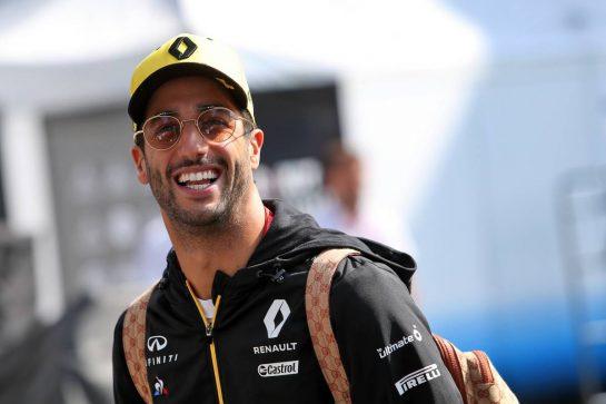 Daniel Ricciardo (AUS) Renault F1 Team. 24.10.2019. Formula 1 World Championship, Rd 18, Mexican Grand Prix, Mexico City, Mexico, Preparation Day. - www.xpbimages.com, EMail: requests@xpbimages.com © Copyright: Moy / XPB Images