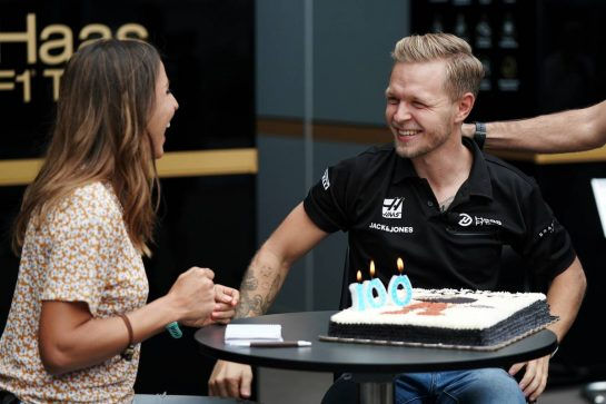Kevin Magnussen (DEN) Haas F1 Team celebrates his 100th F1 appearance.                                24.10.2019. Formula 1 World Championship, Rd 18, Mexican Grand Prix, Mexico City, Mexico, Preparation Day.  - www.xpbimages.com, EMail: requests@xpbimages.com © Copyright: Dungan / XPB Images