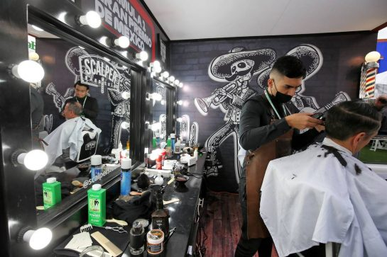 Paddock atmosphere - barbershop. 24.10.2019. Formula 1 World Championship, Rd 18, Mexican Grand Prix, Mexico City, Mexico, Preparation Day. - www.xpbimages.com, EMail: requests@xpbimages.com © Copyright: Moy / XPB Images