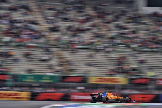 Carlos Sainz Jr (ESP) McLaren MCL34.                                25.10.2019. Formula 1 World Championship, Rd 18, Mexican Grand Prix, Mexico City, Mexico, Practice Day.  - www.xpbimages.com, EMail: requests@xpbimages.com © Copyright: Dungan / XPB Images