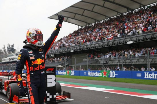 Pole Position for Max Verstappen (NLD) Red Bull Racing RB15.26.10.2019. Formula 1 World Championship, Rd 18, Mexican Grand Prix, Mexico City, Mexico, Qualifying Day.- www.xpbimages.com, EMail: requests@xpbimages.com © Copyright: Batchelor / XPB Images