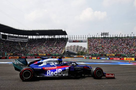 Daniil Kvyat (RUS) Scuderia Toro Rosso STR14. 26.10.2019. Formula 1 World Championship, Rd 18, Mexican Grand Prix, Mexico City, Mexico, Qualifying Day. - www.xpbimages.com, EMail: requests@xpbimages.com © Copyright: Moy / XPB Images