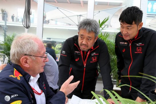 Dr Helmut Marko (AUT) Red Bull Motorsport Consultant and Toyoharu Tanabe (JPN) Honda Racing F1 Technical Director.