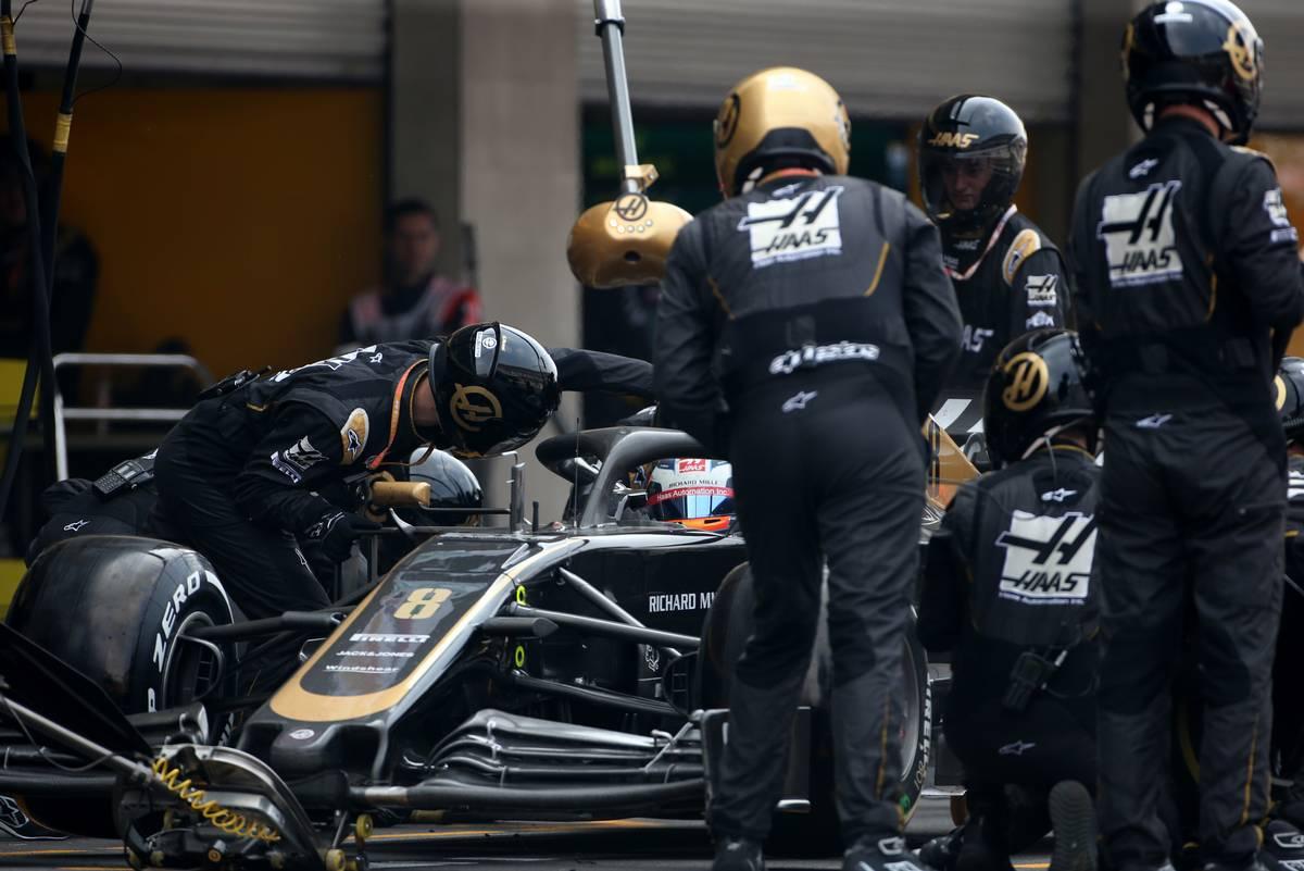 Romain Grosjean (FRA), Haas F1 Team  during pitstop